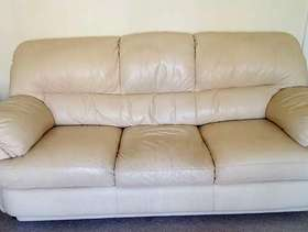 Freecycle 3 piece leather suite