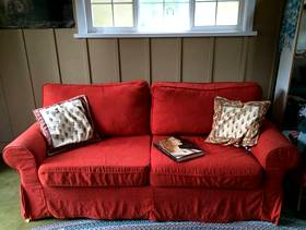 Freecycle Ikea sleeper sofa - excellent condition