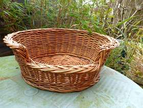 Freecycle Pet basket bed