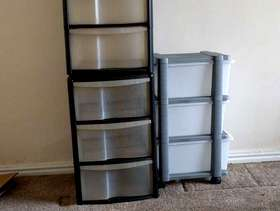 Freecycle Plastic storage containers.