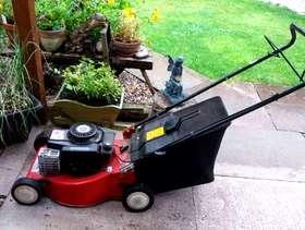 Freecycle Petrol Lawn mower