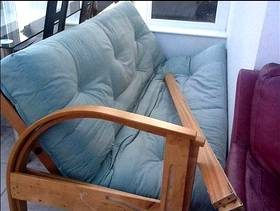 Freecycle Futon