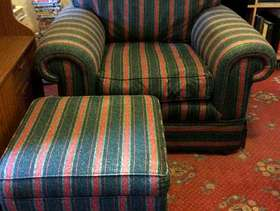 Freecycle 3 piece suite & pouffe