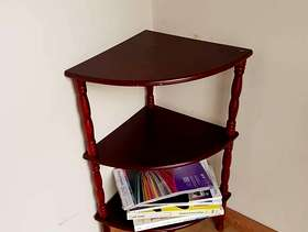 Freecycle Corner Occasional Table