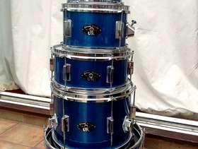 Freecycle Children's drum kit