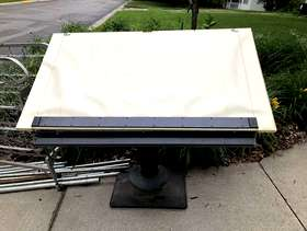 Freecycle Drafting Table