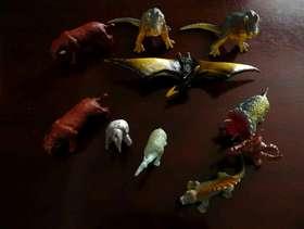 Freecycle Mixed Box of Dinosaurs
