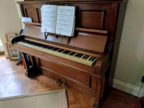 Freecycle Piano - Free to good home