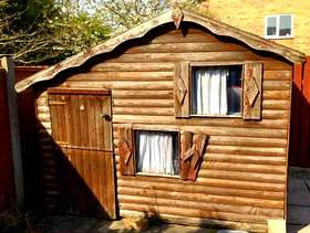 Freecycle Playhouse shed
