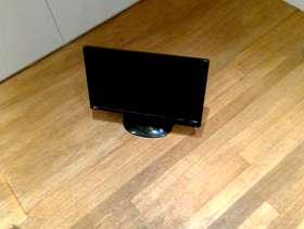 Freecycle Two HD divx monitors, about 14 inch