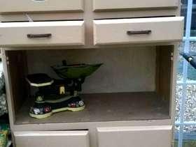 Freecycle Vintage Kitchen Larder/Cupboard