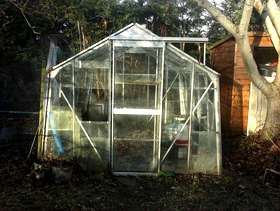 Freecycle Glasshouse/greenhouse. Glass with an aluminium frame. 8 x 10 ft/ ...