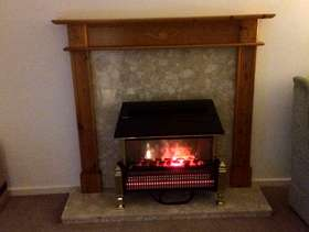 Freecycle Dimplex electric fire marble hearth & wooden surround