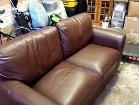 Freecycle Brown leather 2 seater settee