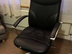 Freecycle Big office chair