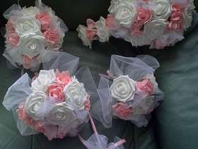 Freecycle Brides/bridesmaids flowers etc b/holes from a 1.00