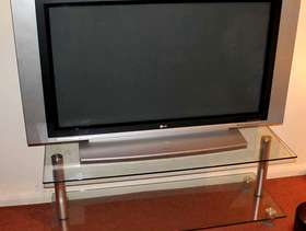 Freecycle LG 42PX4DV 42'' & Glass TV Stand