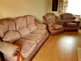 Freecycle 3-Piece Suite