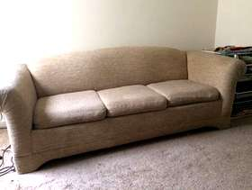Freecycle Free used sofa bed / couch