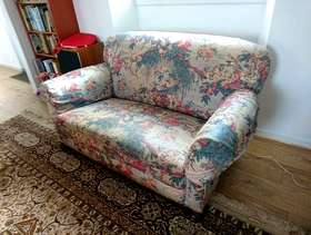 Freecycle Two small two seater sofas. Take one or both! See ...