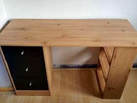 Freecycle Small/children's desk