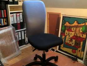 Freecycle Computer chair
