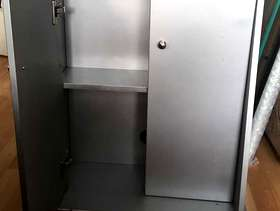 Freecycle Cabinet/ Shelf