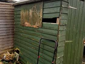 Freecycle Small Old Shed