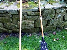 Freecycle Manual Edge Trimmer and Rake
