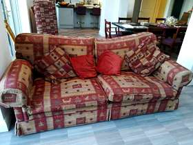 Freecycle Large red and gold sofa (sofa workshop)
