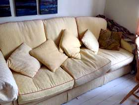 Freecycle Bed settee