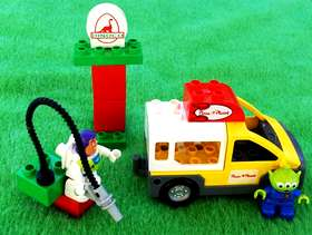 Freecycle Lego Duplo Toy Story Pizza Planet Truck