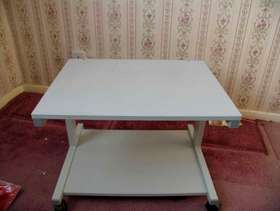 Freecycle Computer tableand printer trolley