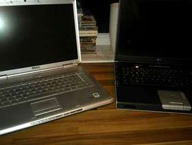 Freecycle FREE - 2 x Laptops and lots of Laptop/PC hardware