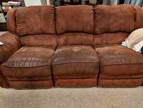 Freecycle Reclining Couch and Reclining Chair