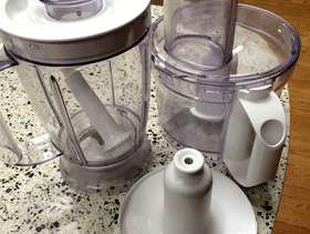 Freecycle Kenwood food processor attachments