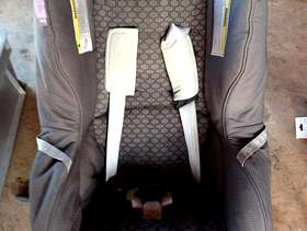 Freecycle Britax First Class SI Baby Car Seat