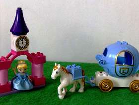 Freecycle Lego Duplo Cinderellas horse and carriage