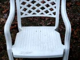Freecycle 6 white plastic lawn chairs- reduced to $25.