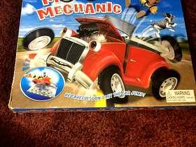 Freecycle Busy motor mechanic game