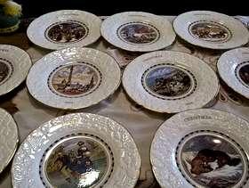 Freecycle Christmas Year Plates