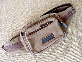 Freecycle TRP0377 Troop London Heritage Canvas Waist Bag worn once only.