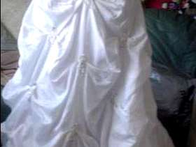Freecycle Brides beautiful new wedding dress for sale 14-16