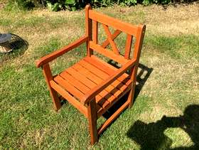 Freecycle Wooden garden chair for a child HP9 Beaconsfield £10
