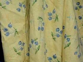 Freecycle Pair of Curtains