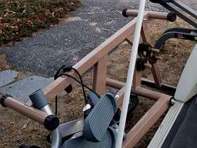 Freecycle Exercise bench with tension