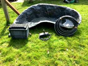 Freecycle Pond liner with pump and filter tank
