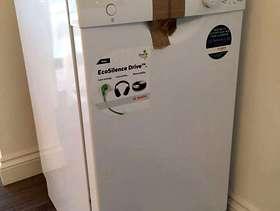 Freecycle Bosch Slimline Freestanding Dishwasher