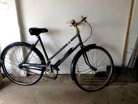Freecycle Old ladies bicycle