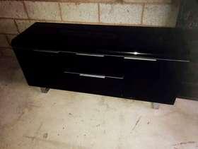 Freecycle Black gloss Tv cabinet